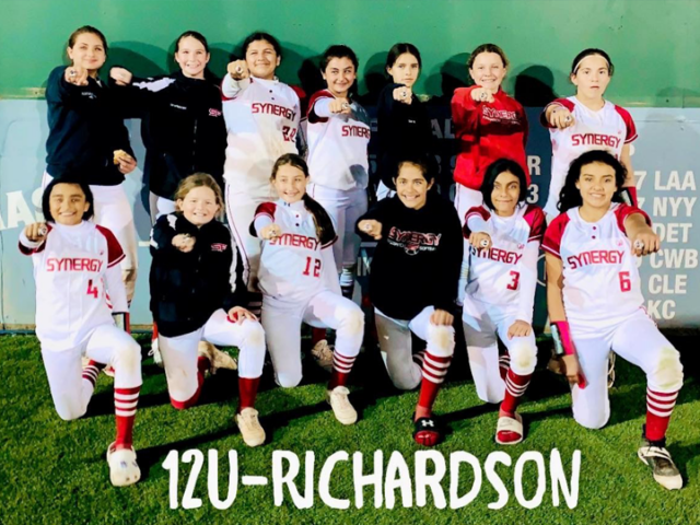Synergy 12U – Richardson Rings in the New Year with Rings